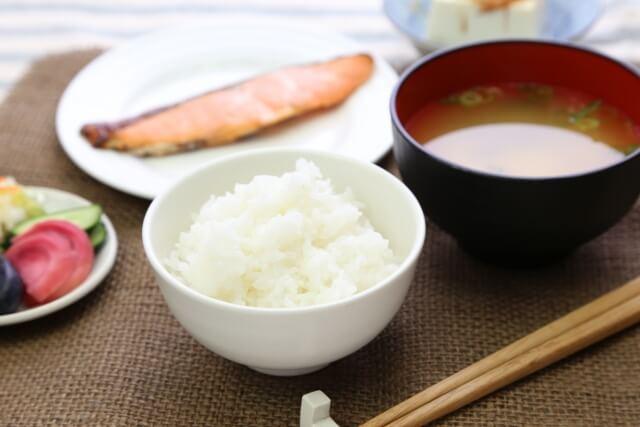 健康な食事は和食!フルーツデトックスでシンプルを2倍楽しむ!