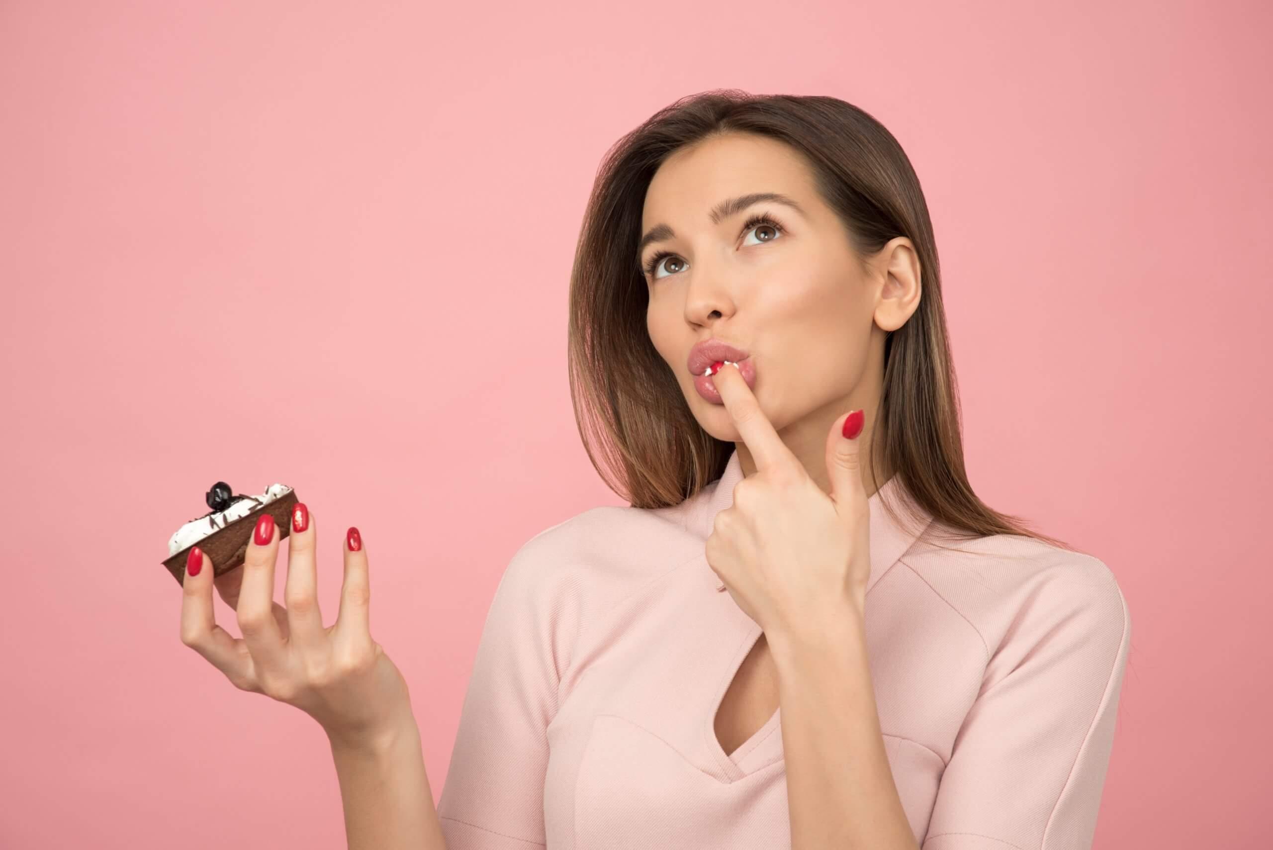間食はダイエットの友!血糖値と消化を制して太りづらい体内環境づくり